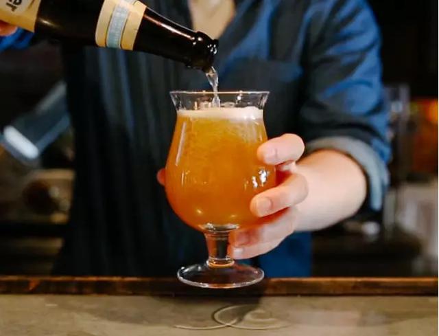 三分钟看懂啤酒气泡那些事