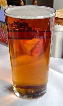 精酿啤酒酒杯_品脱杯
