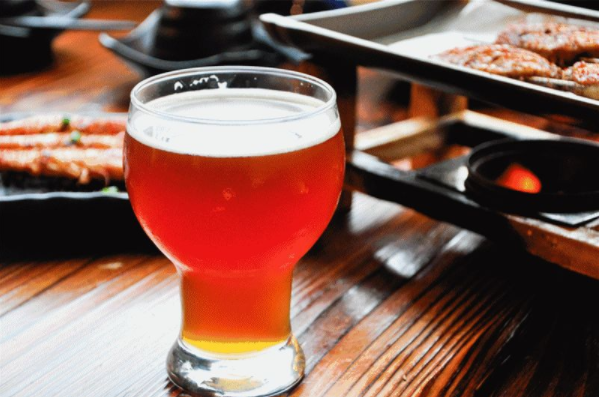 如何在啤酒中加入水果